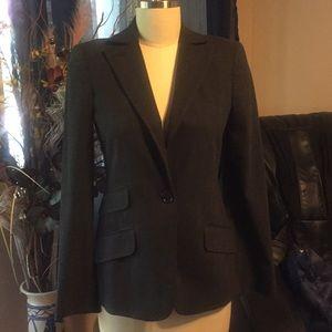 Studio M blazer jacket size 2 but wears to 4-6